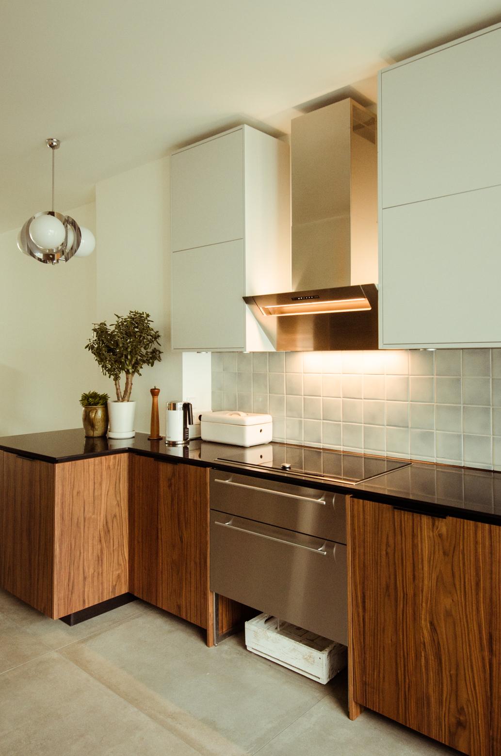 Fronten für Ikea Metod in Nußbaum und Hellgrau - Küchenfront 24