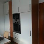 Neue Küchenfronten in Hochglanz weiß und Erle